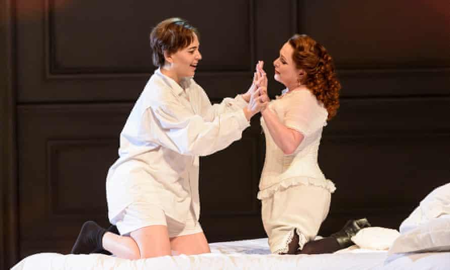 Lucia Cervoni as Octavian and Rebecca Evans as the Marschallin in WNO's Der Rosenkavalier