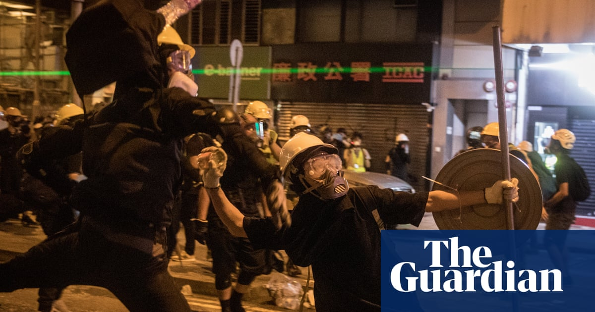 Hong Kong police fire rubber bullets as protests turn