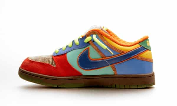Nike can't invoke section 1201 of the DMCA to prevent a rival company from offering replacement shoelaces for its trainers, because shoelaces and trainers aren't copyrighted (or copyrightable).