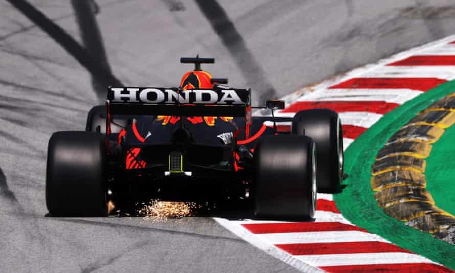 Red Bull ของ Max Verstappen  Lewis Hamilton รู้สึกว่ารถ 'เร็วมากบนทางตรง' ที่ Spanish Grand Prix