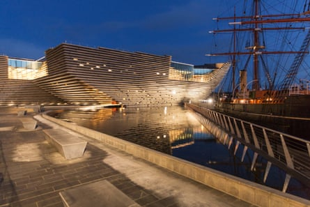 Kengo Kuma's V&A Dundee seen with the ship Discovery in Dundee the winning design by Japanese architects Kengo Kuma & Associates as the choice for V&A Dundee in 2010, following an international competition that received over 120 entries. Victoria and Albert Dundee will be Kuma's first British building.