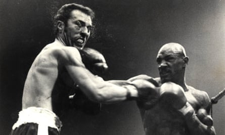 Alan Minter takes a shot from Marvin Hagler during his defeat to the legendary American in September 1980