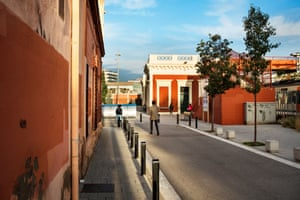 Cornellà Centre, the southern terminus of line 5, in Cornellà de Llobregat