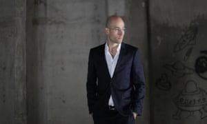 Fernando Donis, Dubai Frame designer.