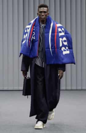 The Bernie silk-blend scarf on the catwalk at Balenciaga, AW17.