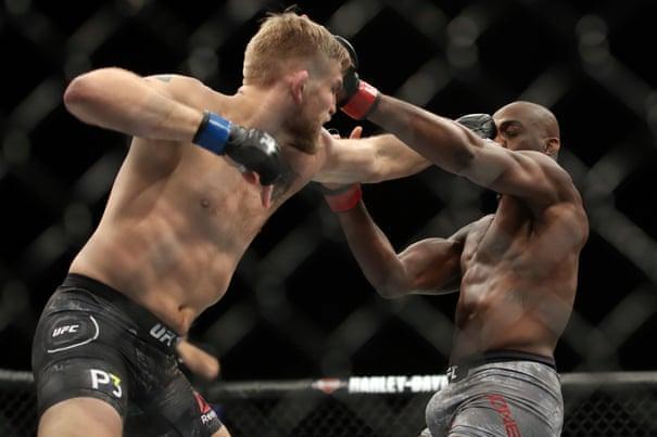 UFC 232: Jon Jones stops Alexander Gustafsson to regain light