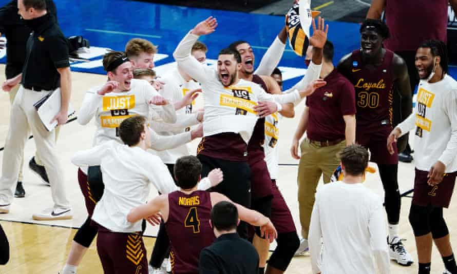 Loyola celebrate their win over the Illinois Fighting Illini on Sunday