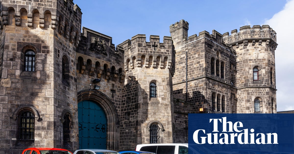Leeds prison punished inmates by restricting showers, report finds