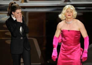 Anne Hathaway and James Franco (dressed as Marilyn Monroe) at the 2011 Oscars