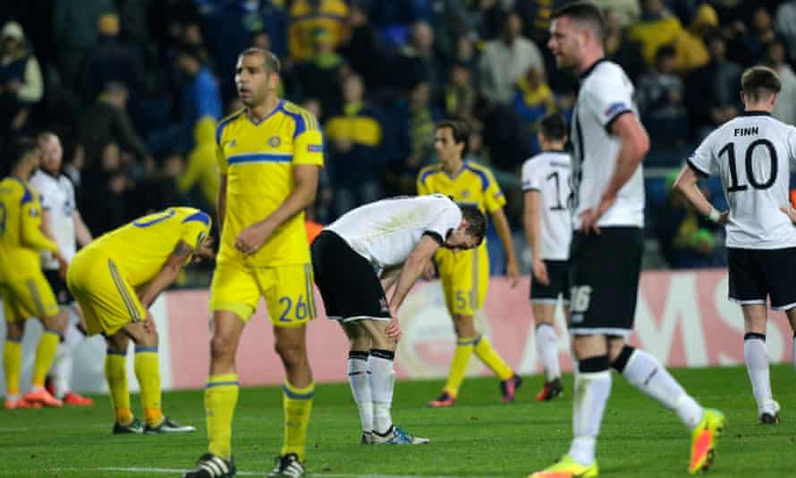 Dundalk, in white, were dejected after losing narrowly in Israel.