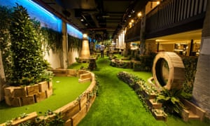 Swingers crazy golf centre