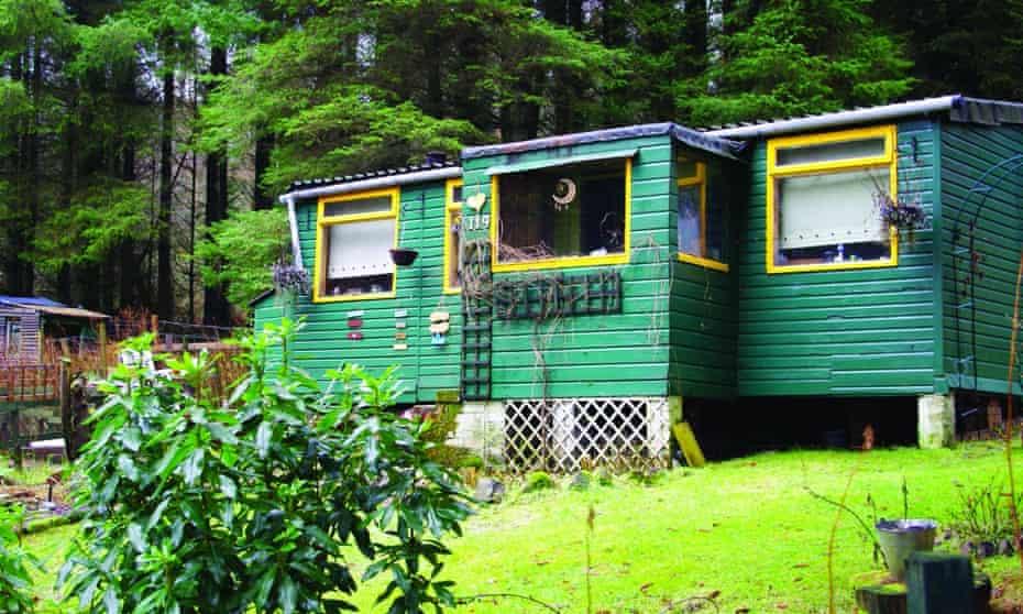 A hut at Carbeth