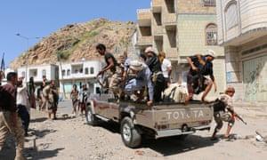 Houthi rebels in Taiz