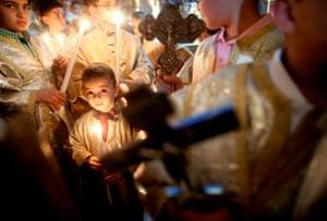 children holding crosses