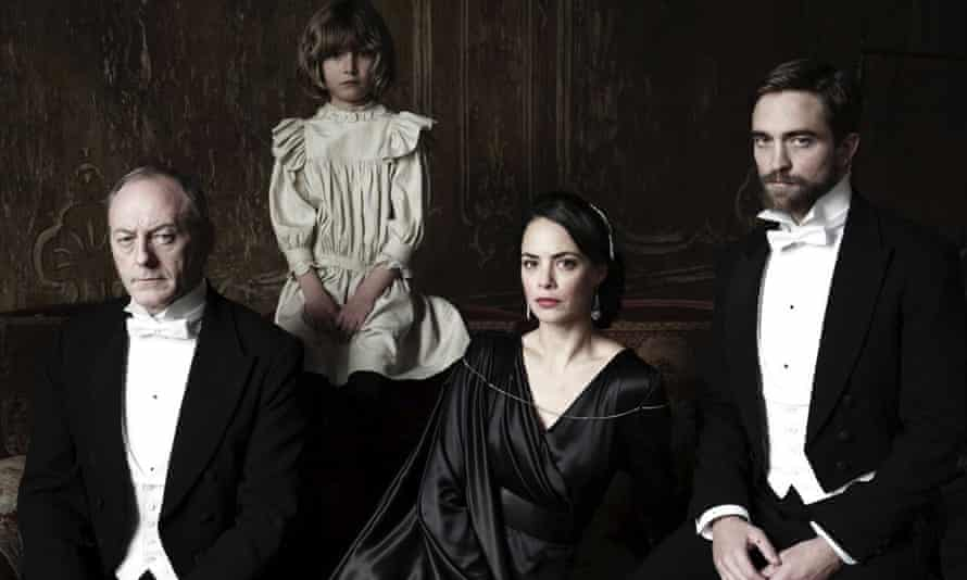 Liam Cunningham, Tom Sweet, Bérénice Bejo and Robert Pattinson in The Childhood of a Leader.