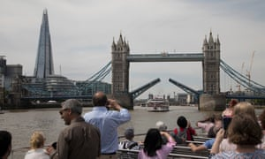A cruise down the Thames