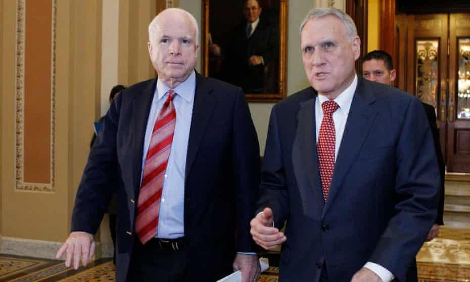 Jon Kyl, right, a Republican former senator from Arizona, has stepped in as John McCain's successor.
