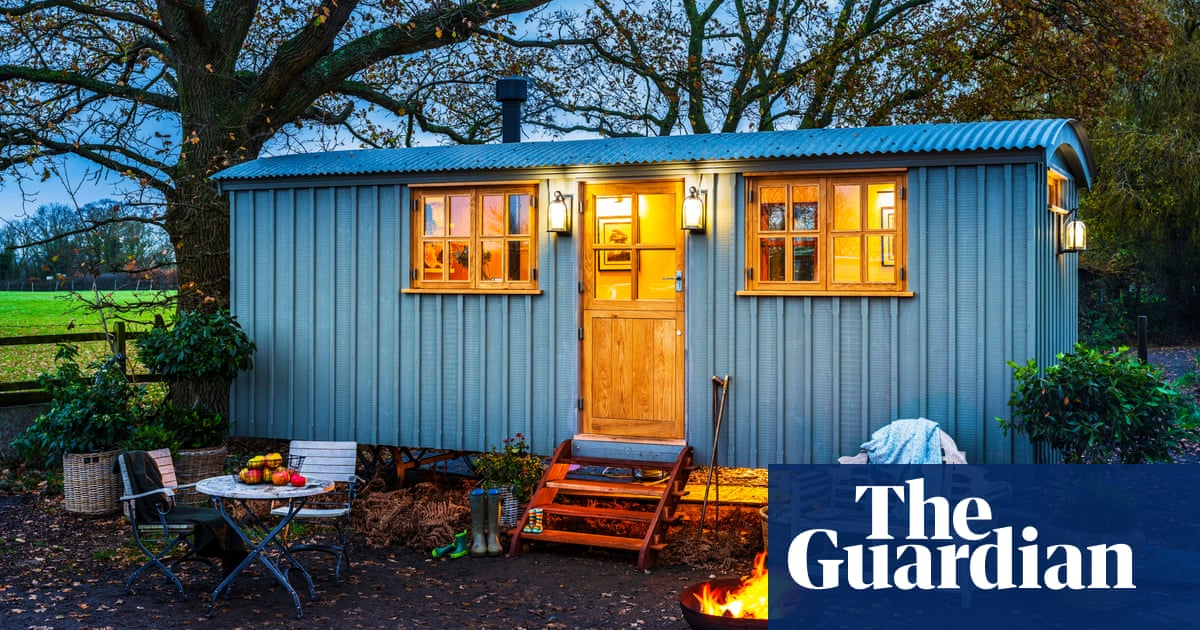Victorian shepherds hut sold for £16,000 as shacks' appeal grows