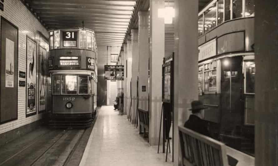 Kingsway tran station in 1933