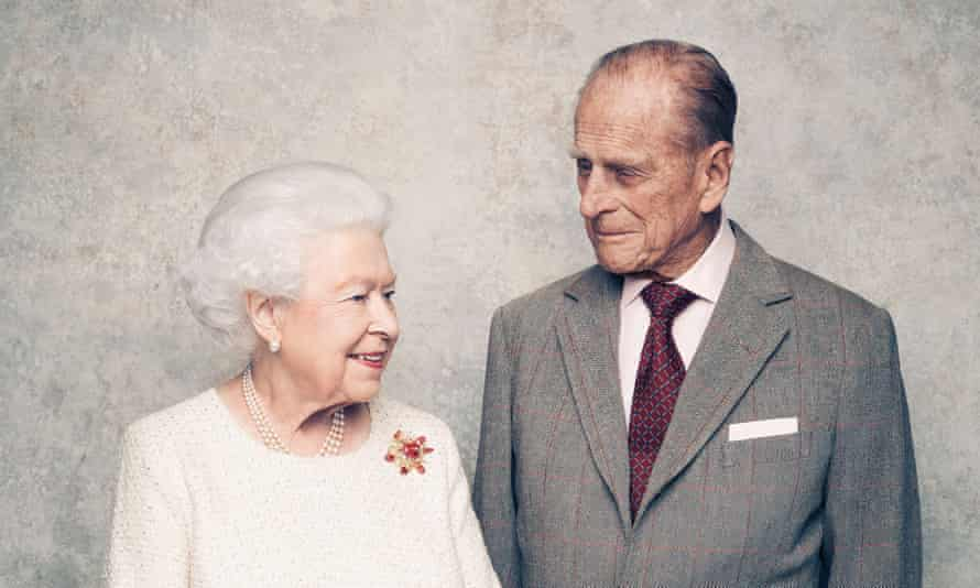 The pictures were taken in the White Drawing Room at Windsor Castle in early November.