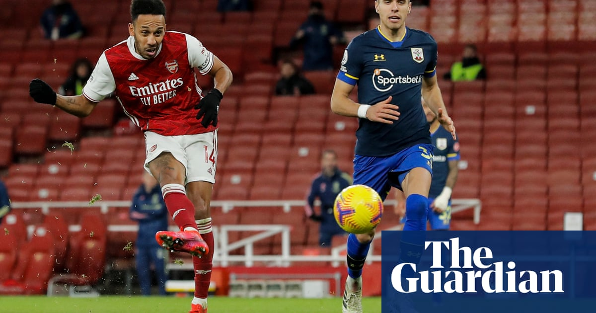 Arsenal take out £120m Bank of England loan to ease Covid-19 cashflow worries