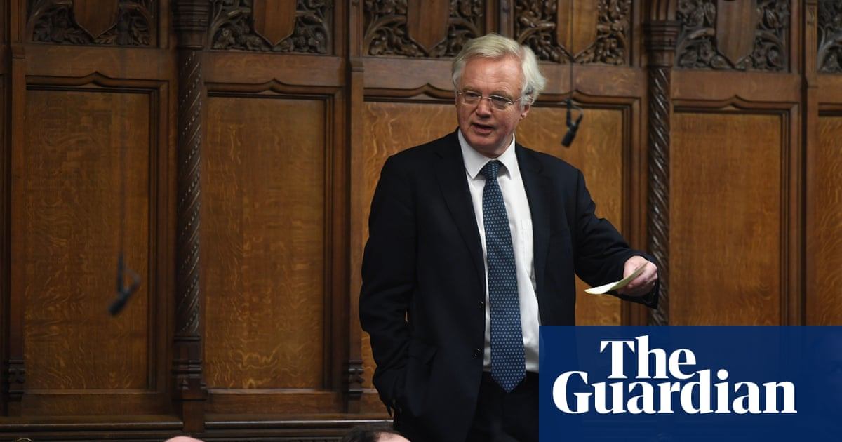 David Davis vows to lead rebellion against judicial review changes
