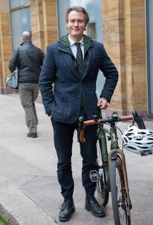 Andrew Tollington at Canary Wharf, London