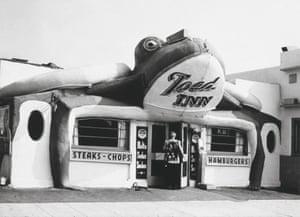 Toed Inn, 12008 Wilshire Boulevard, Los Angeles, ca. 1940