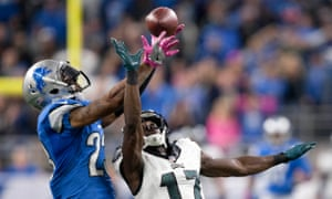 Darius Slay intercepts a pass intended for Philadelphia Eagles wide receiver Nelson Agholor.
