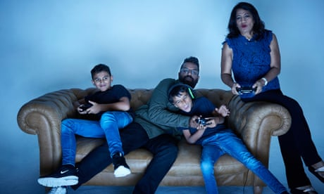 Romesh Ranganathan takes on his family at Fortnite: 'I have everything on the line'