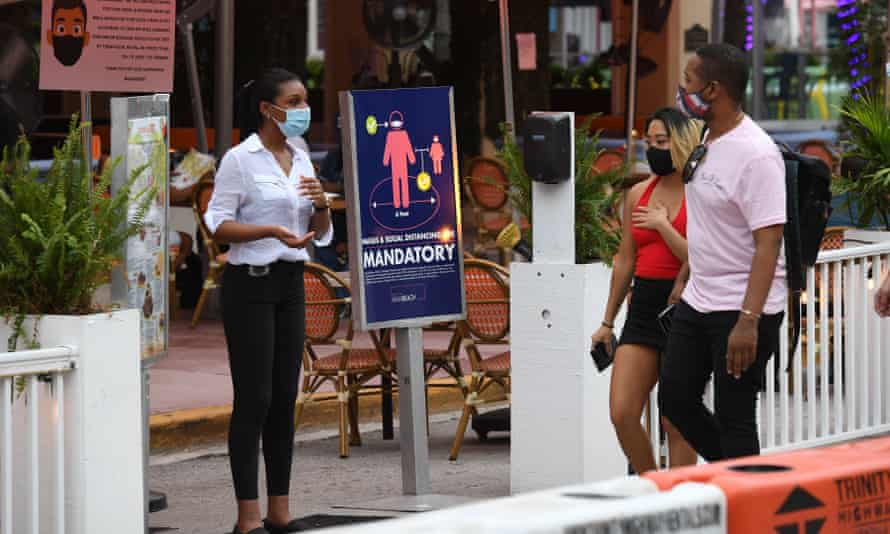 A restaurant on Ocean Drive in Miami earlier this week. DeSantis has so far declined to issue a statewide mask order.
