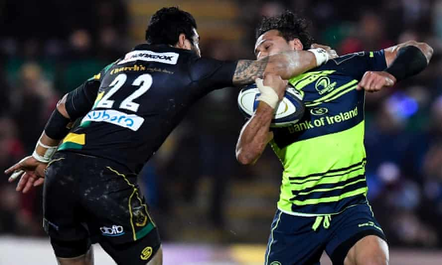 George Pisi of Northampton Saints puts in a high tackle on Isa Nacewa of Leinster.