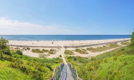 Yantarny's fine beach