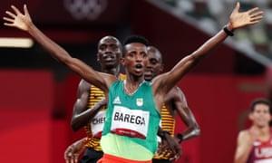 Selemon Barega of Ethiopia wins the men's 10,000m title.