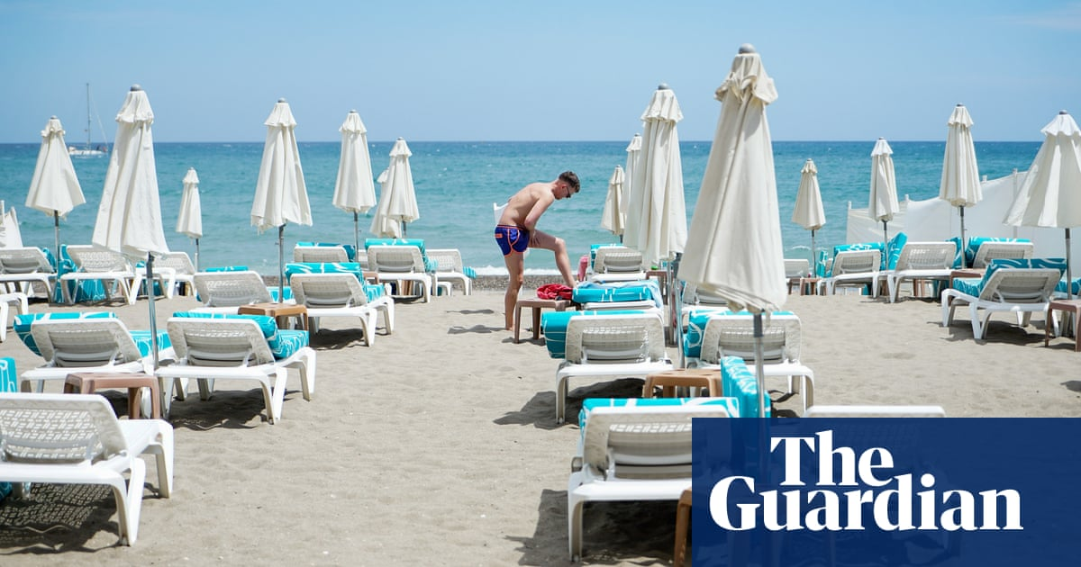 Spain aims to receive British tourists without Covid tests from 20 May