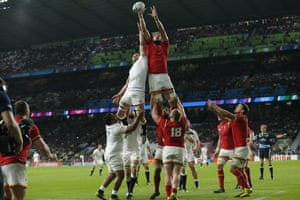 Wales win the lineout