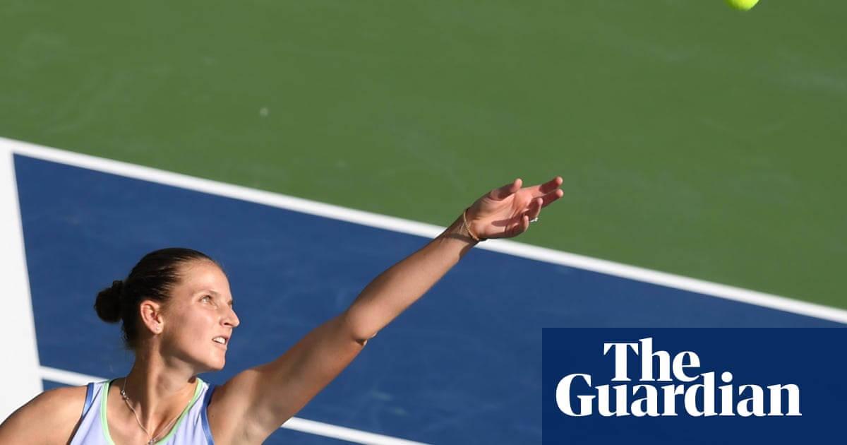 Karolina Pliskova calls men super weak for worrying about equal pay in tennis