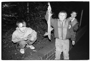 Fenham, 1989, children holding a rock salmon.