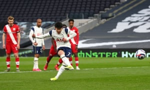 Son Heung-Min scores from the spot.
