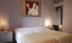 Modern art in bedrooms at Esperia, Milazzo