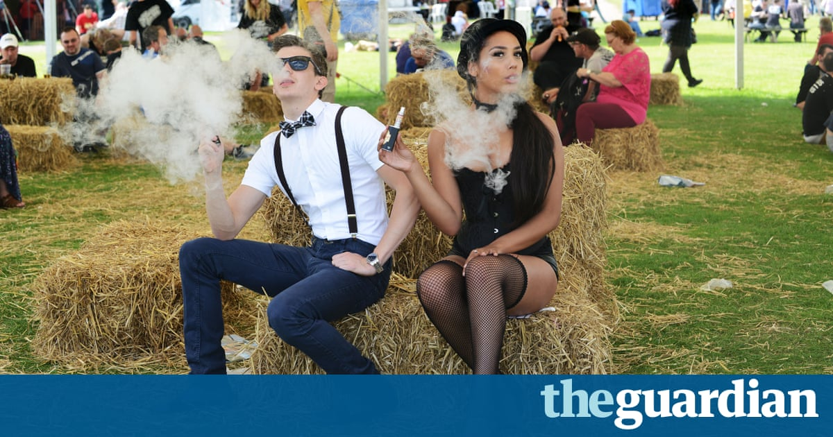 E Cigarette Users Say Vaping Makes Them Feel Better And Stop Smelling Of Smoke Society The