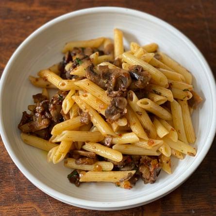Marcella Hazan's dried porcini and white mushroom pasta
