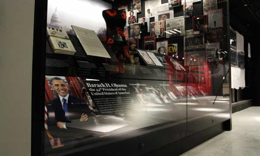 An exhibit depicts the life and presidency of Barack Obama and his family.