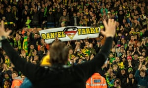 Daniel Farke salutes the Norwich fans after securing promotion.
