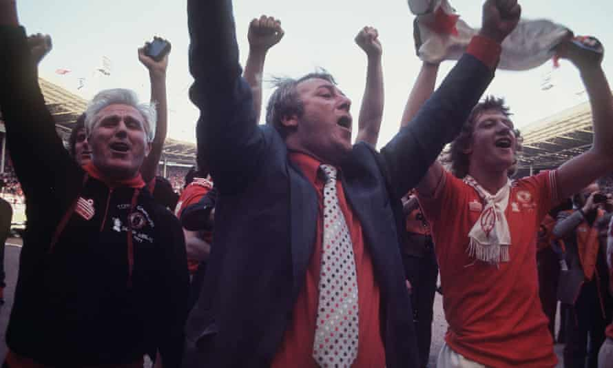 Tommy Docherty celebrates after Manchester United had beaten Liverpool 2-1 in the 1977 FA Cup final