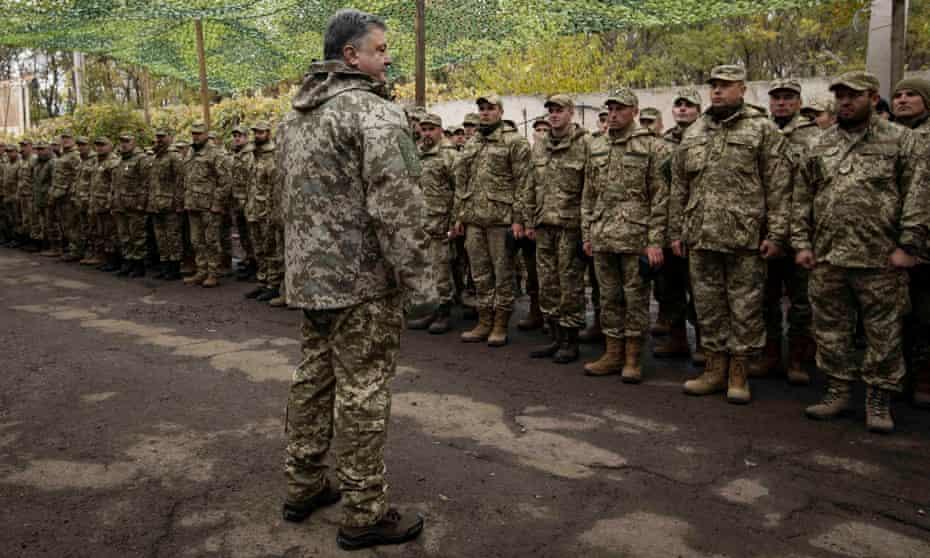 Ukrainian president Petro Poroshenko visits troops in Donetsk