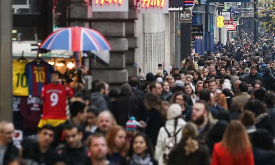 Shoppers in London street