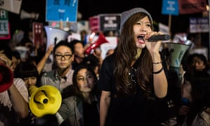 Beniko Hashimoto at an anti-war protest in Tokyo by Students Emergency Action for Liberal Democracy.