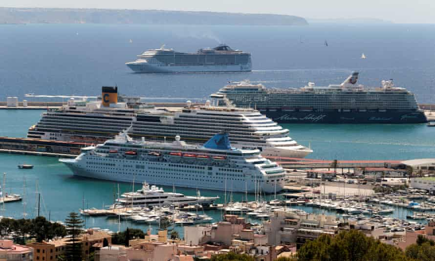 Cruise ships arriving at a port