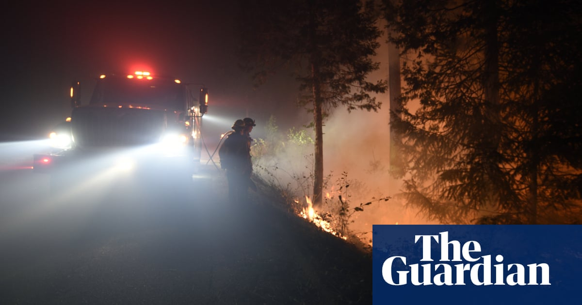 Caldor fire: crews prepare for high winds that could fan northern California blaze